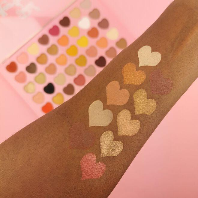 I Heart Revolution Total Heartbreaker Eyeshadow Palette