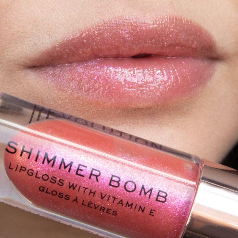Makeup Revolution Shimmer Bomb Lip Gloss