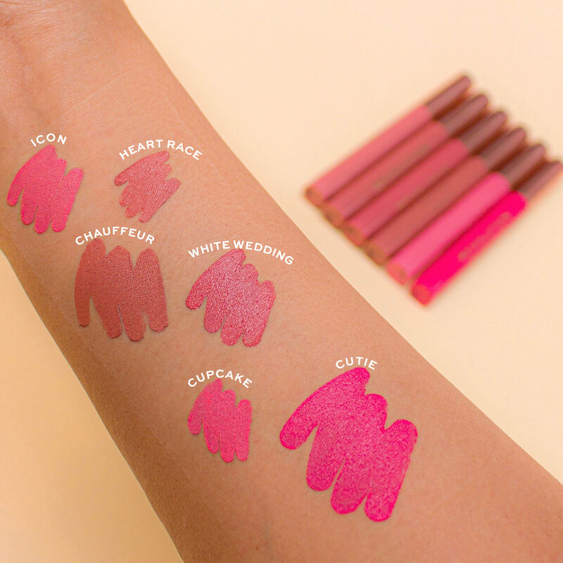Makeup Revolution Velvet Kiss Lip Crayon
