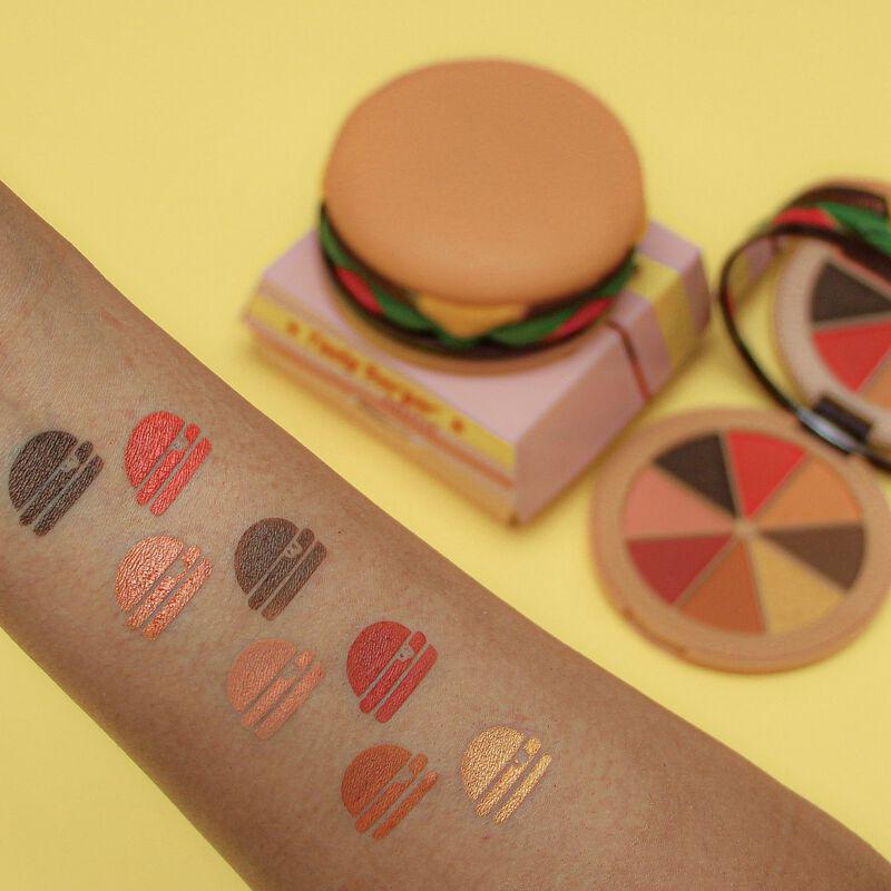 I Heart Revolution Burger Eyeshadow Palette