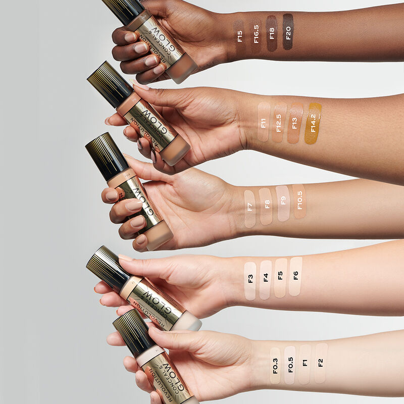 Makeup Revolution Conceal & Glow Foundation (23ml)