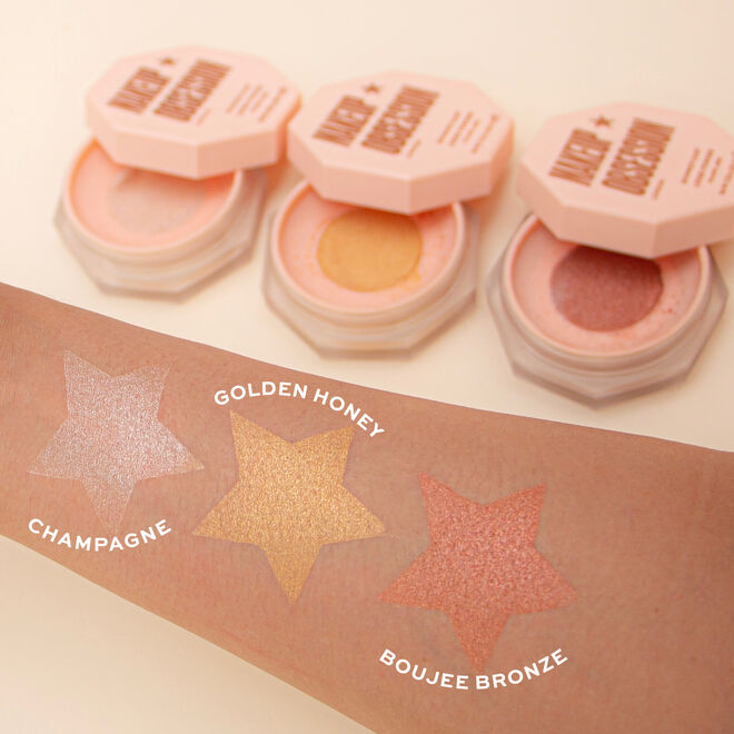 Makeup Obsession Shimmer Dust Highlighter
