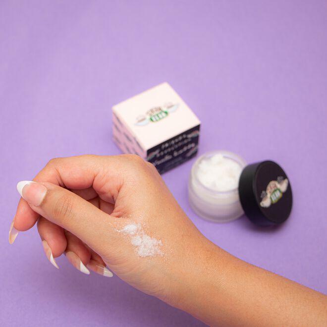 Makeup Revolution X Friends Vanilla Latte Lip Scrub