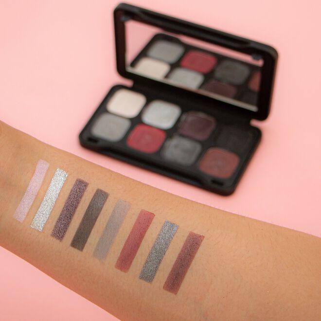 Makeup Revolution Forever Flawless Dynamic Ebony Eyeshadow Palette