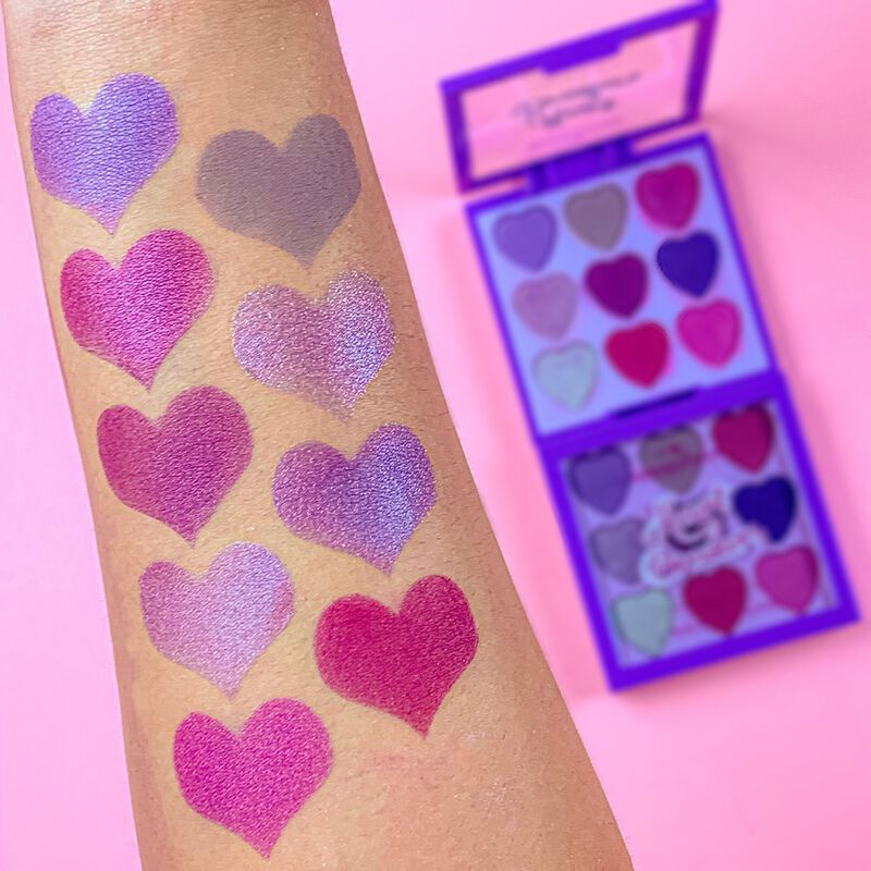 I Heart Revolution Heartbreakers Eyeshadow Palette Mystical