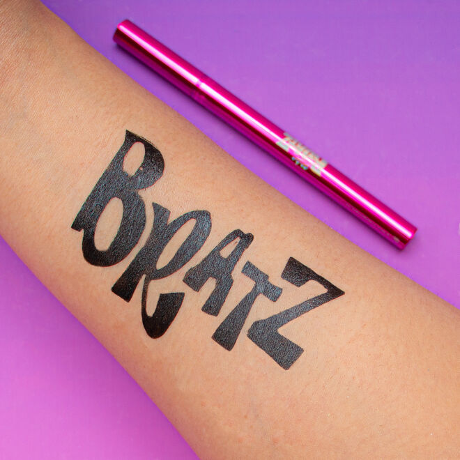 Makeup Revolution x Bratz Eyeliner