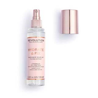 Revolution Hydrate & Fix Setting Spray