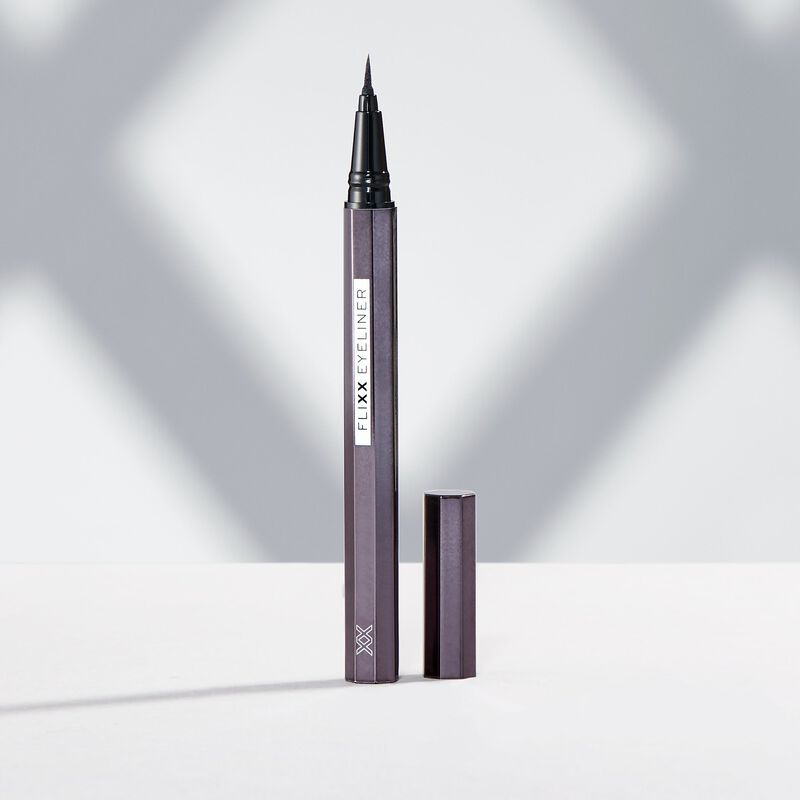 XX Revolution FliXX Eyeliner Pen Black