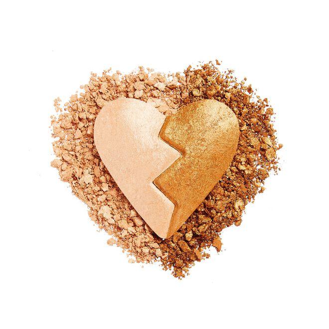 I Heart Revolution Heartbreakers Highlighter Wise